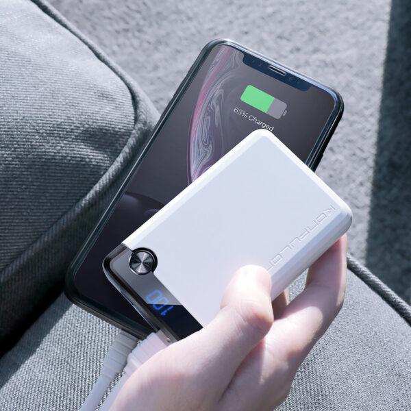 Konfulon Q11 Dijital Göstergeli Powerbank 10.000 mAh - Beyaz